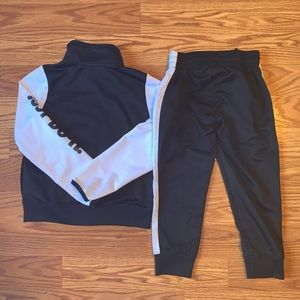 Nike Matching Sets - Nike Black & White Matching Sweatsuit